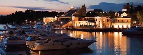 Royal Yacht Club, Moscow